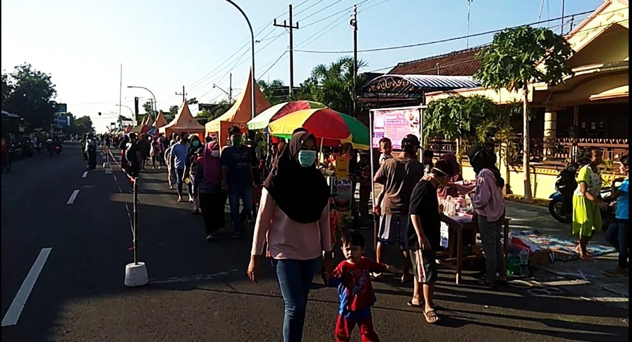 Zona Hijau, Kecamatan Lembeyan Gelar Sunday Market