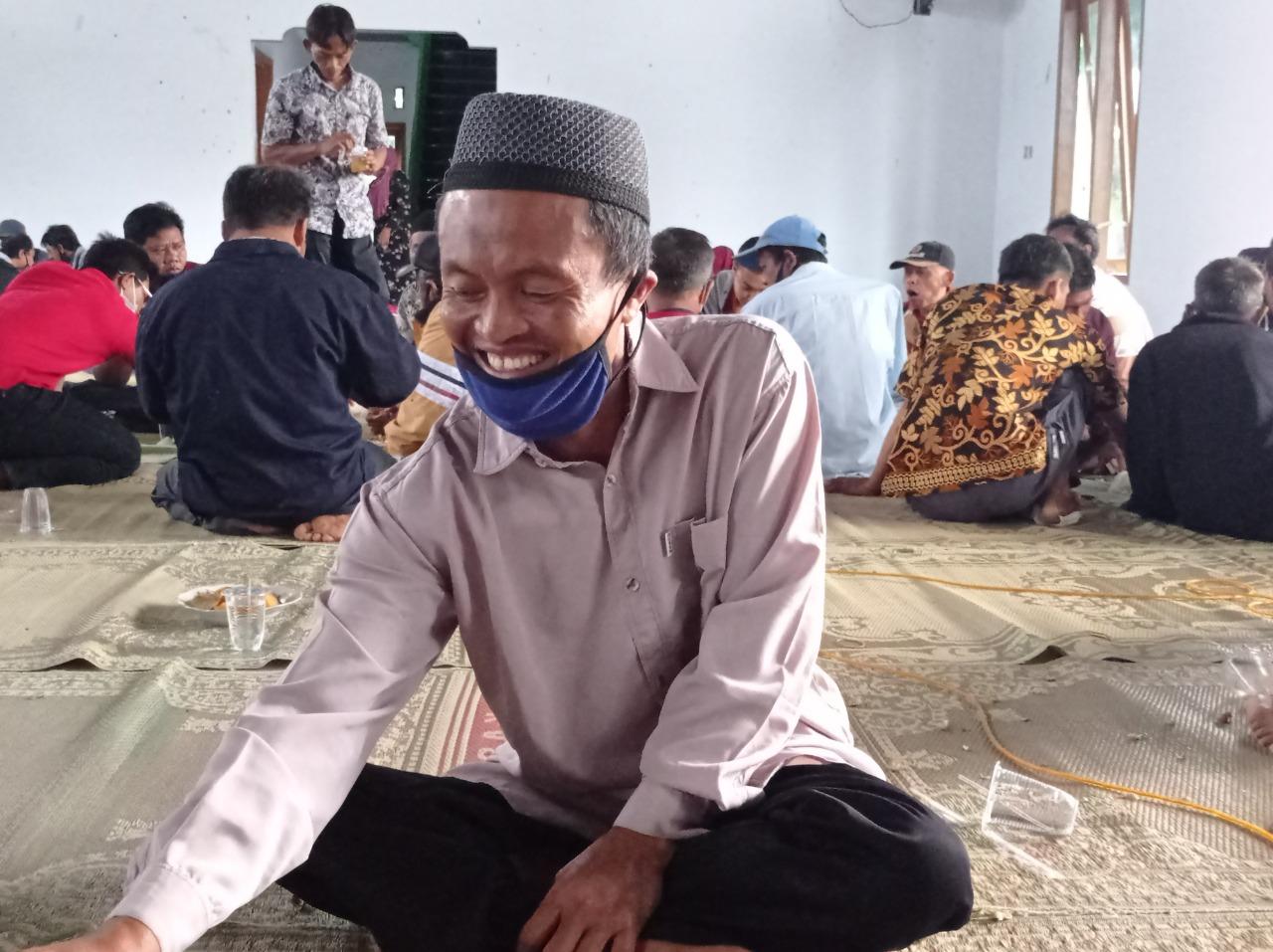 Mengenal Tas Belanja Pak Wiji, Penyandang Disabilitas Dari Desa Tawangrejo Lembeyan