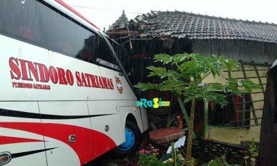 Hujan Deras dan Tak Hafal Jalan, Bus Antar Provinsi Tabrak Rumah di Magetan