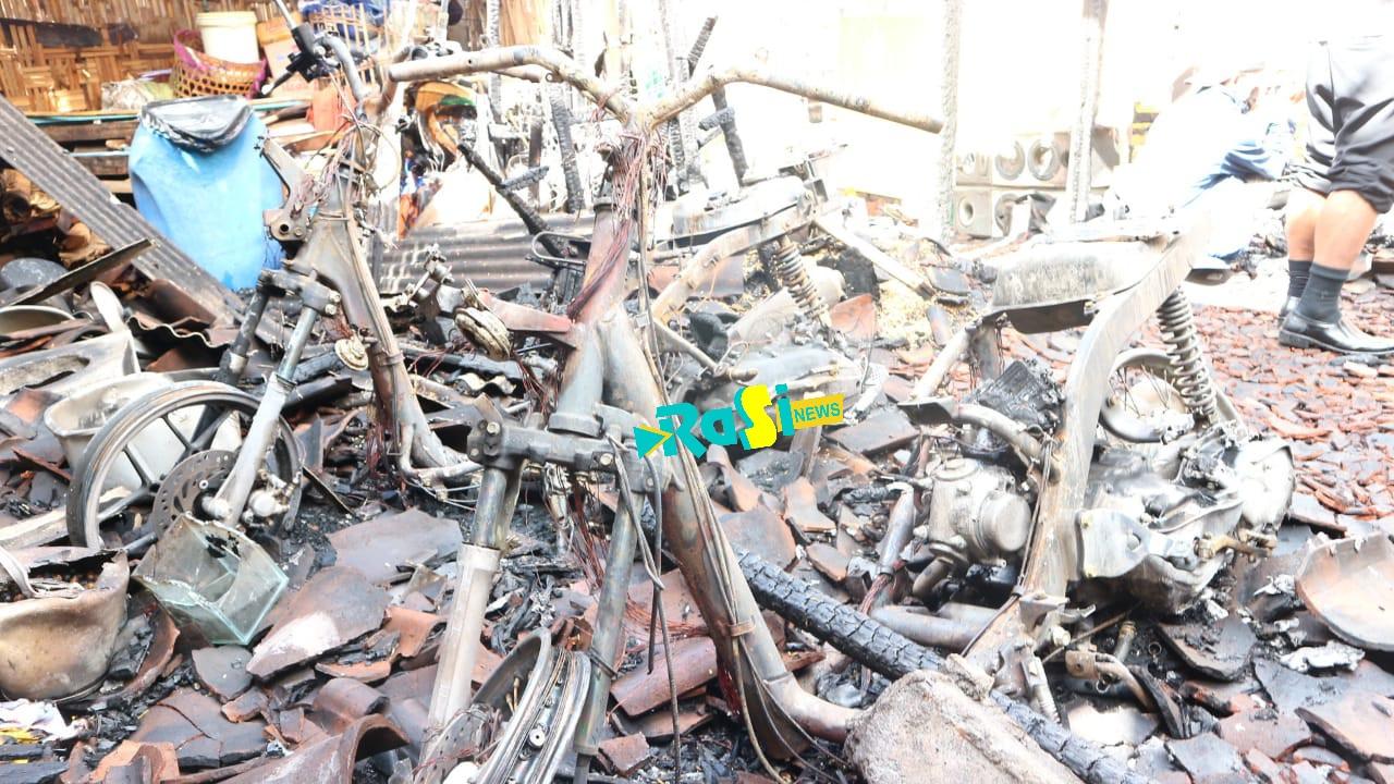 Diduga Refrigerator Bocor, Rumah di Milangasri Ludes Terbakar