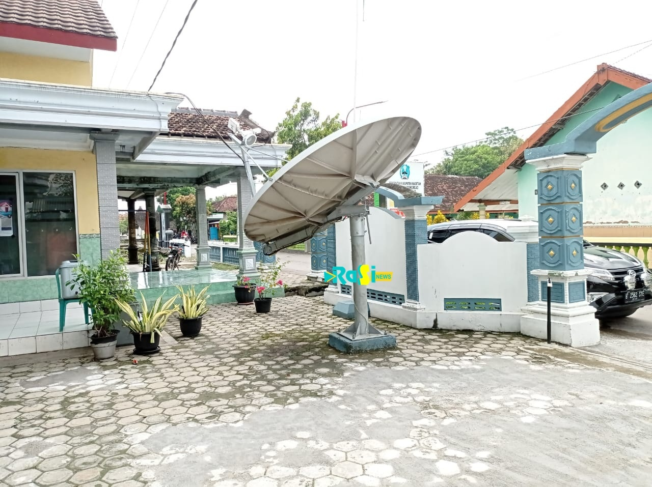 Wujudkan Desa Cyber, Pemdes Gebyog Akan Hidupkan Parabola Bantuan Kementerian Kominfo Yang Sempat Mangkrak